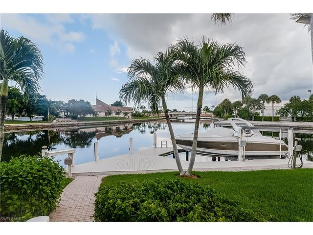 492 W Joy Cir, Marco Island, FL 34145 (MLS #216056871) :: The New Home Spot, Inc.