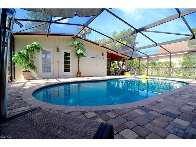 747 102nd Ave N, Naples, FL 34108 (#216056993) :: Homes and Land Brokers, Inc