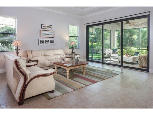 9423 Isla Bella Cir, Bonita Springs, FL 34135 (#216057048) :: Homes and Land Brokers, Inc