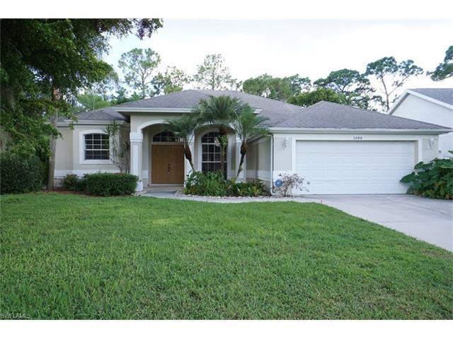 5080 Brixton Ct, Naples, FL 34104 (#216057091) :: Homes and Land Brokers, Inc