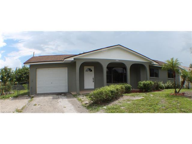 5418 19TH PL SW, Naples, FL 34116 (#216057315) :: Homes and Land Brokers, Inc