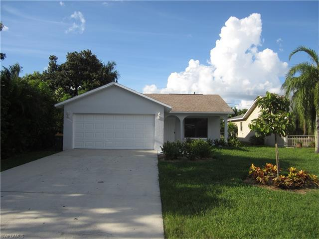 577 100th Ave N, Naples, FL 34108 (#216057416) :: Homes and Land Brokers, Inc