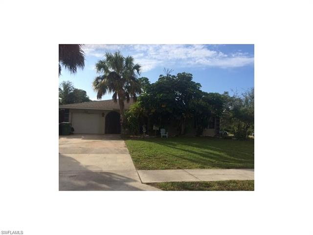 798 111th Ave N, Naples, FL 34108 (MLS #216057593) :: The New Home Spot, Inc.