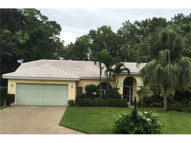 315 Brighton Ct, Naples, FL 34104 (#216057955) :: Homes and Land Brokers, Inc