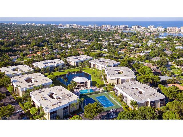 788 Park Shore Dr E36, Naples, FL 34103 (MLS #216058263) :: The New Home Spot, Inc.
