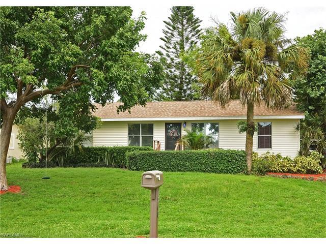 1960 49th St SW, Naples, FL 34116 (#216058629) :: Homes and Land Brokers, Inc