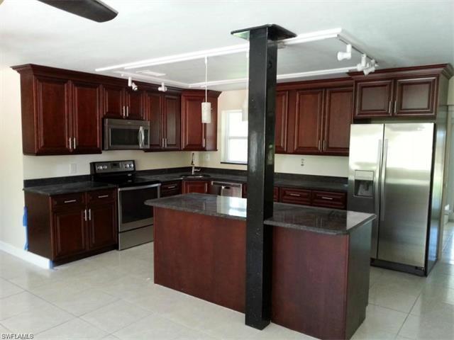 1188 Rainbow Dr, Naples, FL 34104 (MLS #216058642) :: The New Home Spot, Inc.