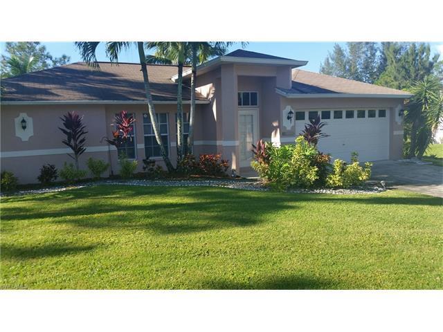 10100 Strike Ln, Bonita Springs, FL 34135 (MLS #216059011) :: The New Home Spot, Inc.