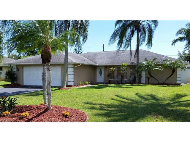 4830 Tahiti Ln, Naples, FL 34112 (MLS #216059154) :: The New Home Spot, Inc.