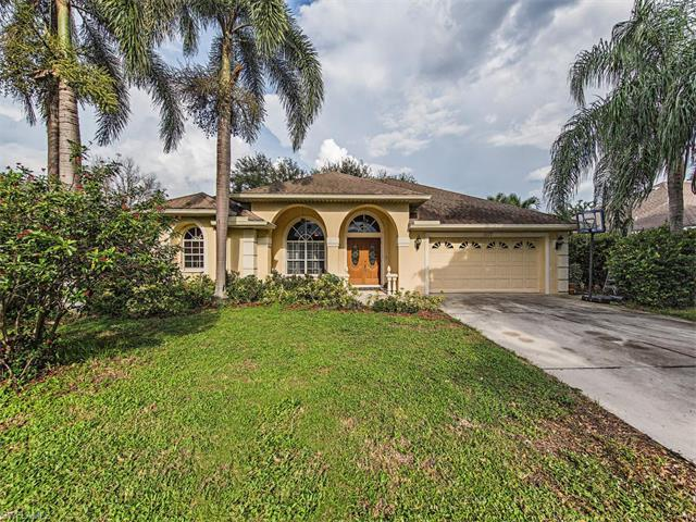 11177 Palmetto Ridge Dr, Naples, FL 34110 (MLS #216059369) :: The New Home Spot, Inc.