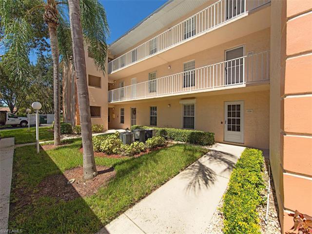 9590 Victoria Ln B-306, Naples, FL 34109 (#216059439) :: Homes and Land Brokers, Inc