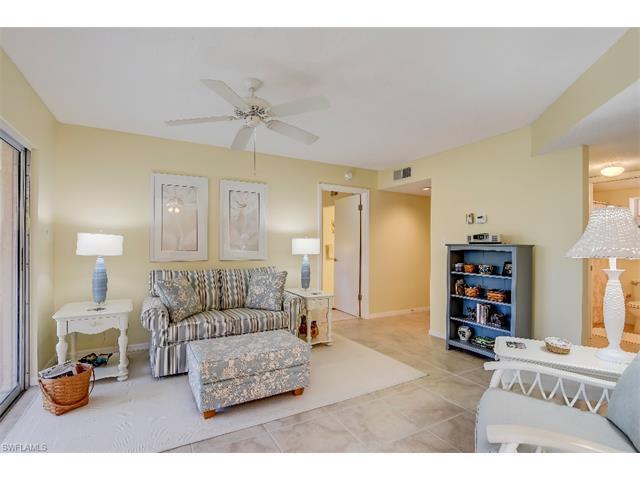 481 Quail Forest Blvd B305, Naples, FL 34105 (MLS #216059444) :: The New Home Spot, Inc.