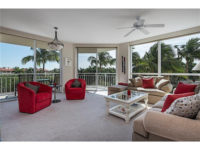 4255 Gulf Shore Blvd N #202, Naples, FL 34103 (#216059533) :: Homes and Land Brokers, Inc