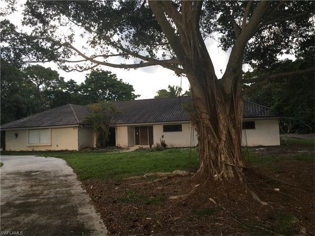 6648 Trail Blvd, Naples, FL 34108 (MLS #216059930) :: The New Home Spot, Inc.