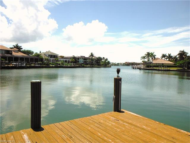 882 Hyacinth Ct, Marco Island, FL 34145 (MLS #216059974) :: The New Home Spot, Inc.