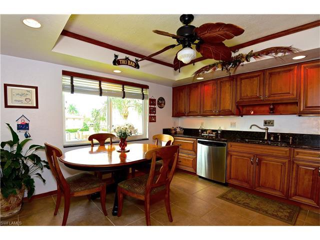 920 Collier Ct A3, Marco Island, FL 34145 (MLS #216060249) :: The New Home Spot, Inc.