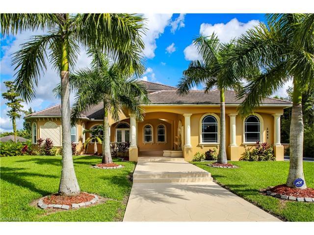 2955 White Blvd, Naples, FL 34117 (MLS #216060271) :: The New Home Spot, Inc.