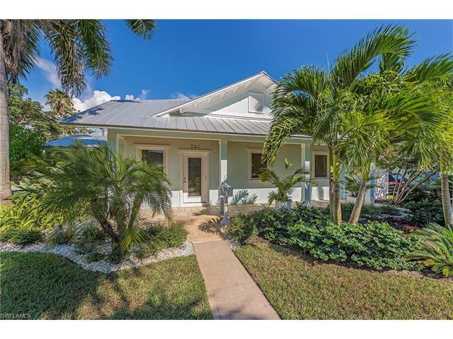 734 11th St N, Naples, FL 34102 (#216060339) :: Homes and Land Brokers, Inc
