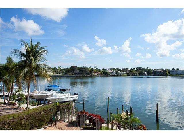 2900 Gulf Shore Blvd N #202, Naples, FL 34103 (MLS #216060791) :: The New Home Spot, Inc.