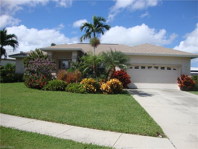 768 Rose Ct, Marco Island, FL 34145 (MLS #216061343) :: The New Home Spot, Inc.