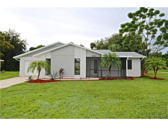 700 E 3rd St, Lehigh Acres, FL 33936 (MLS #216061508) :: The New Home Spot, Inc.