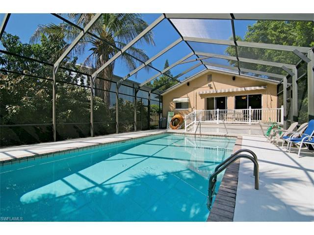 10222 Vanderbilt Drive, Naples, FL 34108 (MLS #216061589) :: The New Home Spot, Inc.