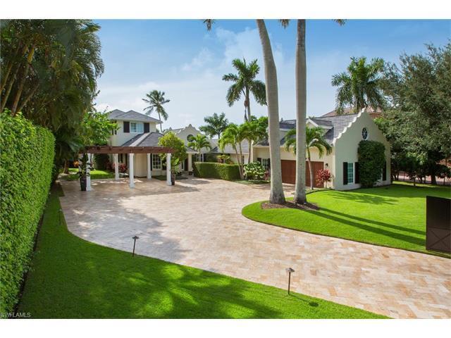 958 Spyglass Ln, Naples, FL 34102 (MLS #216061698) :: The New Home Spot, Inc.