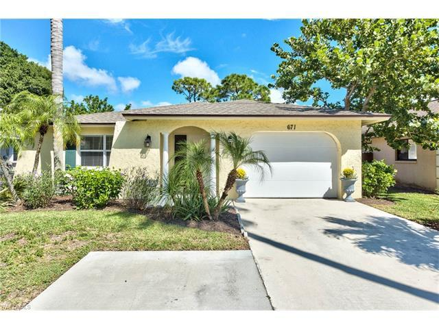 671 98th Ave N, Naples, FL 34108 (MLS #216062057) :: The New Home Spot, Inc.