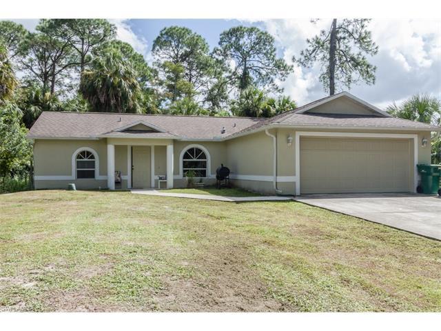 190 15th St SW, Naples, FL 34117 (MLS #216062110) :: The New Home Spot, Inc.