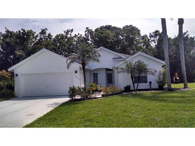 22147 Seashore Cir, Estero, FL 33928 (#216062194) :: Homes and Land Brokers, Inc