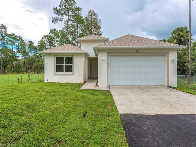 1426 8th St NE, Naples, FL 34120 (MLS #216062735) :: The New Home Spot, Inc.