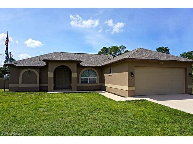 1361 9th St SW, Naples, FL 34117 (MLS #216063061) :: The New Home Spot, Inc.