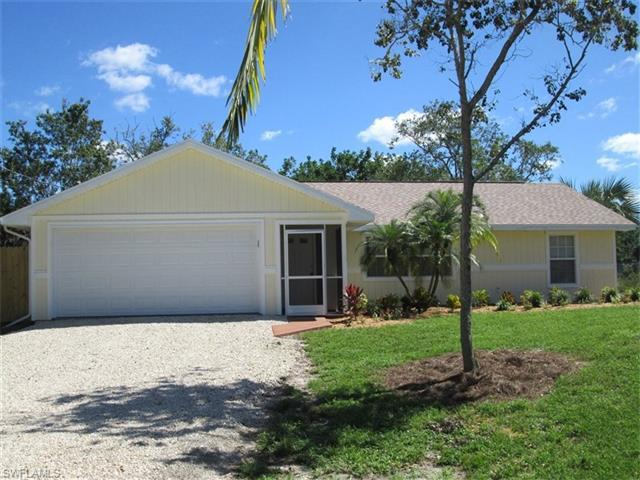 1010 15th St SW, Naples, FL 34117 (MLS #216063304) :: The New Home Spot, Inc.