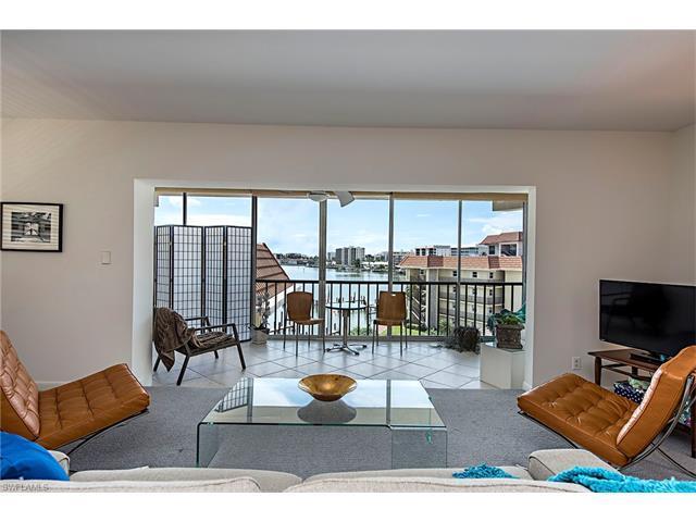 222 Harbour Dr #504, Naples, FL 34103 (MLS #216063363) :: The New Home Spot, Inc.