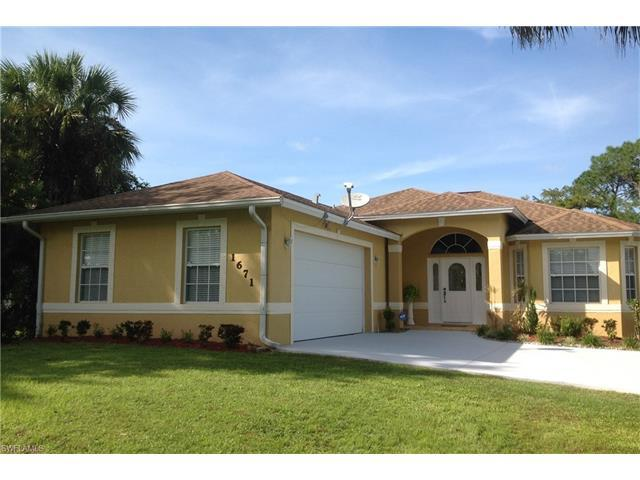 1671 16th Ave SW, Naples, FL 34117 (MLS #216063568) :: The New Home Spot, Inc.