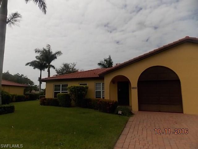 1028 Forest Lakes Dr 12-A, Naples, FL 34105 (MLS #216063711) :: The New Home Spot, Inc.