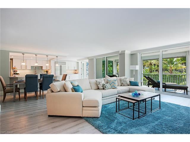 4401 Gulf Shore Blvd N #205, Naples, FL 34103 (MLS #216063733) :: The New Home Spot, Inc.