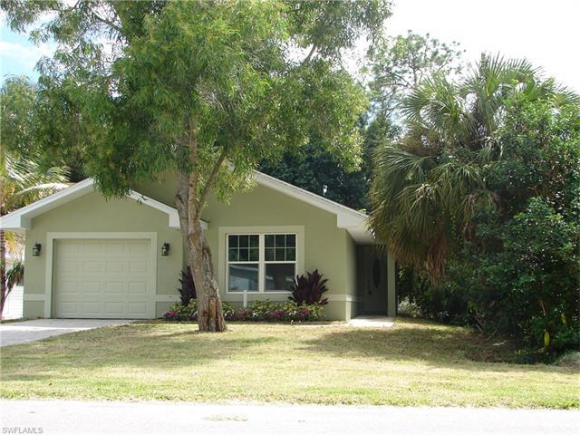 327 Benson St, Naples, FL 34113 (MLS #216063799) :: The New Home Spot, Inc.
