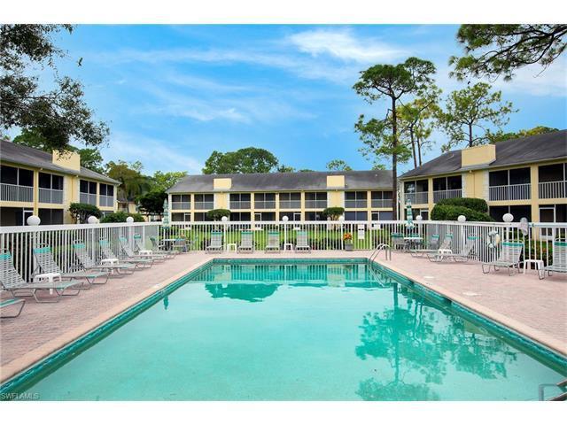 2586 Kings Lake Blvd 3-202, Naples, FL 34112 (MLS #216063859) :: The New Home Spot, Inc.