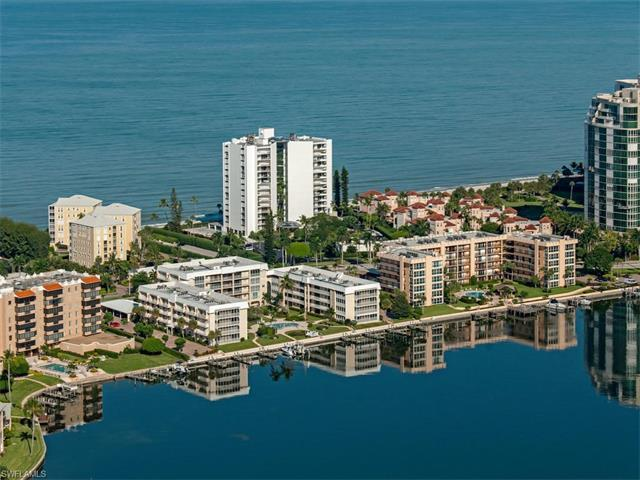 3951 Gulf Shore Blvd N #703, Naples, FL 34103 (MLS #216064106) :: The New Home Spot, Inc.