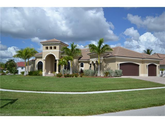 1600 Begonia Ct, Marco Island, FL 34145 (MLS #216064556) :: The New Home Spot, Inc.