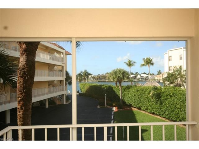 816 W Elkcam Cir Th-A, Marco Island, FL 34145 (MLS #216080609) :: The New Home Spot, Inc.