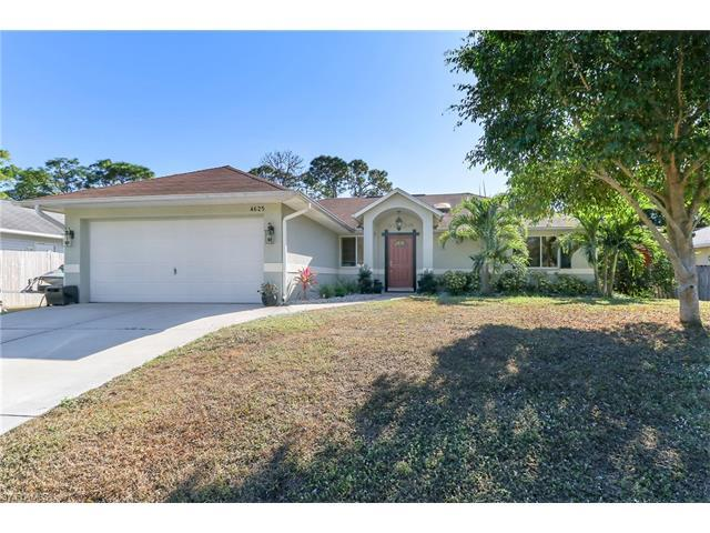 4625 Catalina Ln, Bonita Springs, FL 34134 (MLS #217001114) :: The New Home Spot, Inc.
