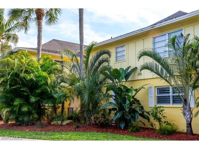 1210 Shady Rest Ln #14, Naples, FL 34103 (MLS #217006083) :: The New Home Spot, Inc.