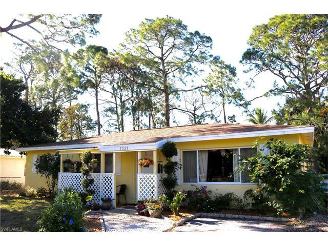 5329 Trammel St, Naples, FL 34113 (#217012066) :: Homes and Land Brokers, Inc