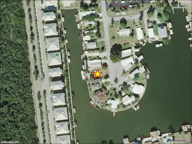 617 Sunset Dr, Goodland, FL 34140 (#217012723) :: Homes and Land Brokers, Inc
