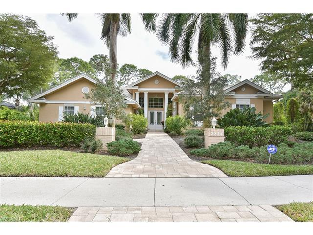 2274 Hawksridge Dr, Naples, FL 34105 (#217013705) :: Homes and Land Brokers, Inc