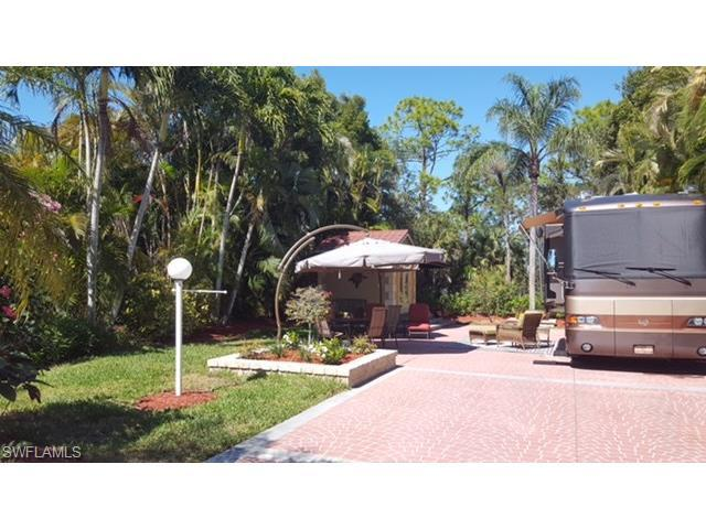 4706 Southern Breeze Dr, Naples, FL 34114 (#217014231) :: Homes and Land Brokers, Inc