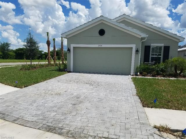 2704 Vareo Ct, Cape Coral, FL 33991 (#217014700) :: Homes and Land Brokers, Inc