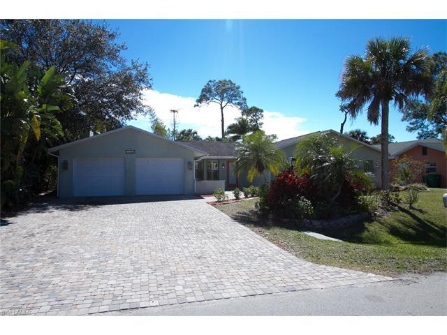 2728 Clipper Way, Naples, FL 34104 (#217018093) :: Homes and Land Brokers, Inc